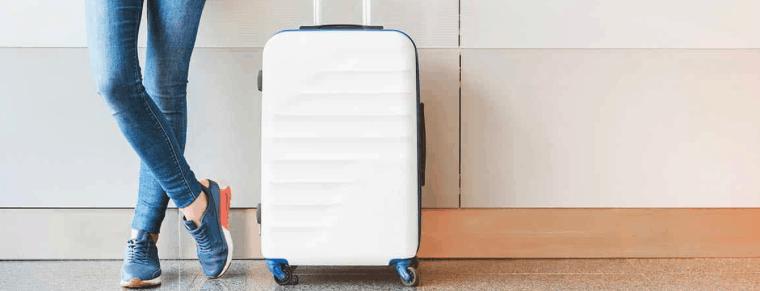 maleta de mano blanca